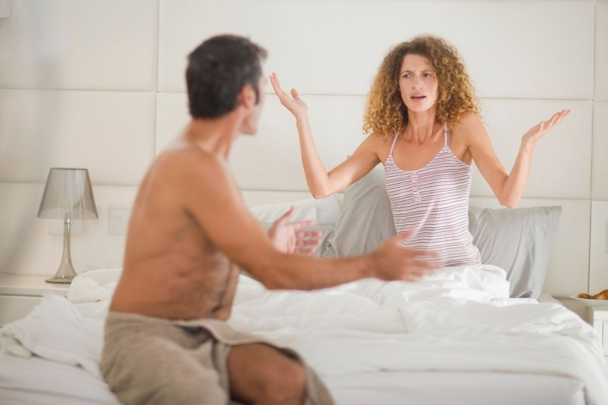 emotionally distance relationships and partners